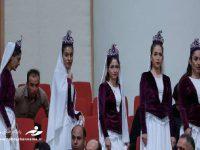 رونمایی از زنان بی حجاب در حضور روحانی