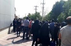 دستگیری تعدادی از پرستاران مشهد در مقابل دادگستری این شهر