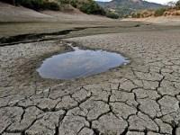 خشکسالی و بی ابی و قطع برق در استان اصفهان، بزودی تبدیل به فاجعه میشود