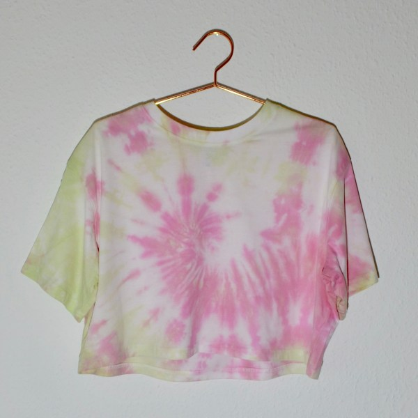Batik / Tie-Dye Crop Top Rollercoaster - Handmade