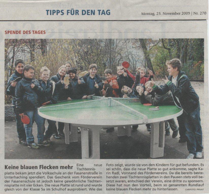 23.11.09 Münchner Merkur - runde Tischtennisplatte