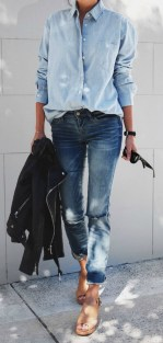 Coolest women denim trends idea (16)