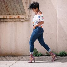 Coolest women denim trends idea (30)