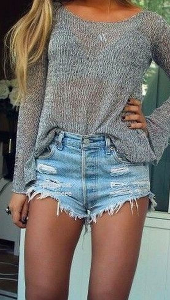 Coolest women denim trends idea (41)