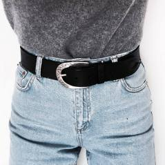 Coolest women denim trends idea (7)