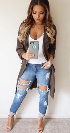 Coolest women denim trends idea (88)