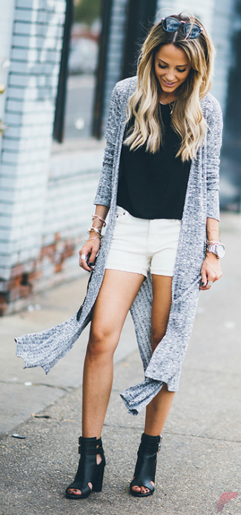 Women cardigan outfit (105)