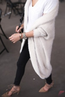 Women cardigan outfit (39)