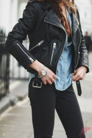 Black leather jacket outfit 20