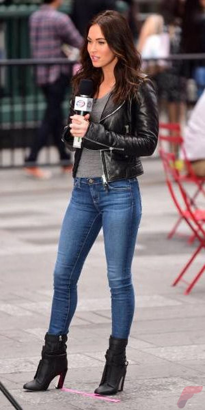 Black leather jacket outfit 52