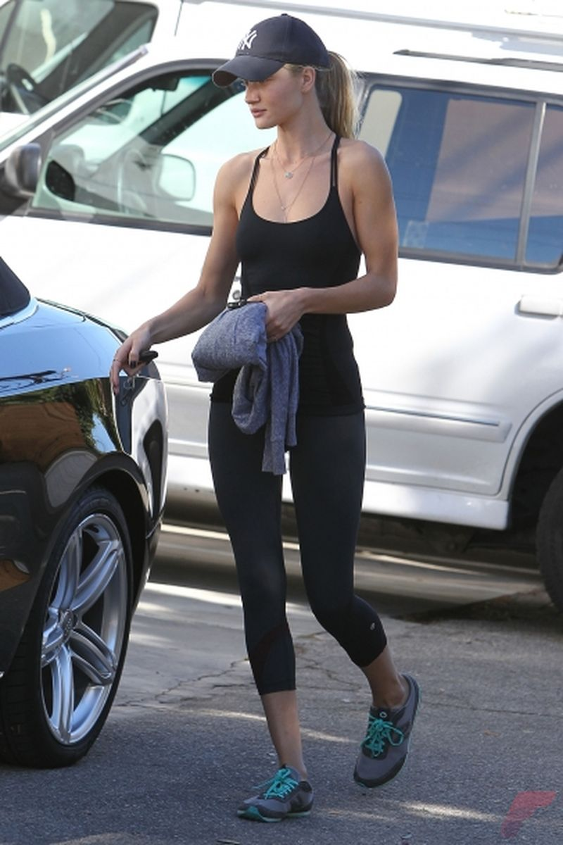 Celebrity workout style 77