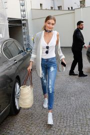 Gigi hadid sneakers outfit on the street 15