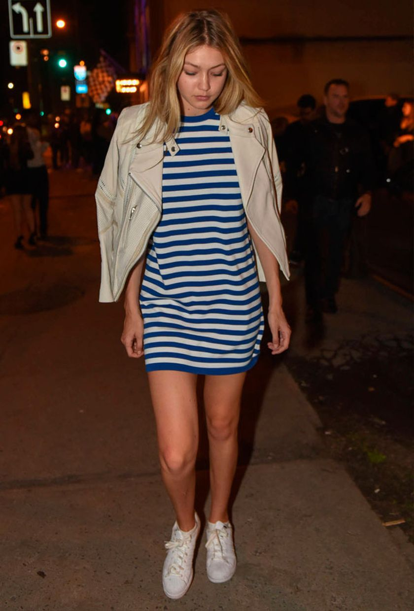 Gigi hadid sneakers outfit on the street 36