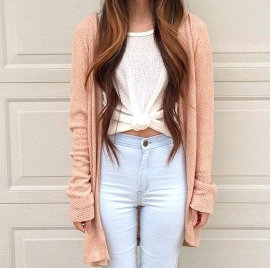 High waisted jeans outfit style 13