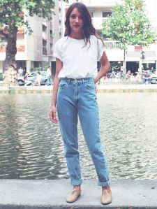 High waisted jeans outfit style 18