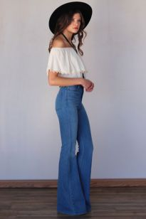 High waisted jeans outfit style 21