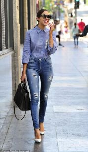 High waisted jeans outfit style 23