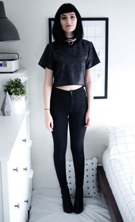 High waisted jeans outfit style 33