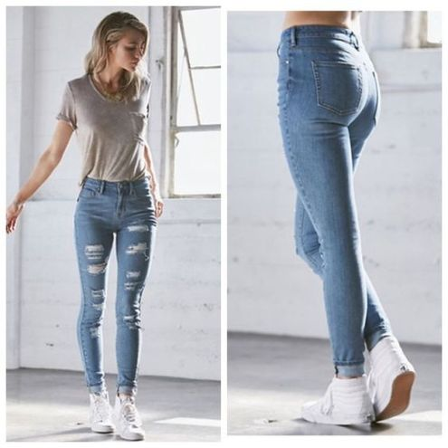 High waisted jeans outfit style 38