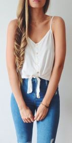 High waisted jeans outfit style 9