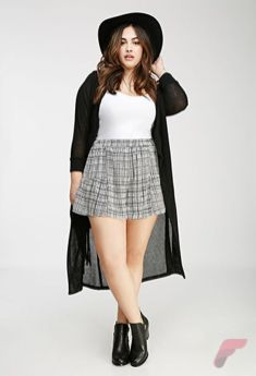Layering outfits plus size sweaters 37