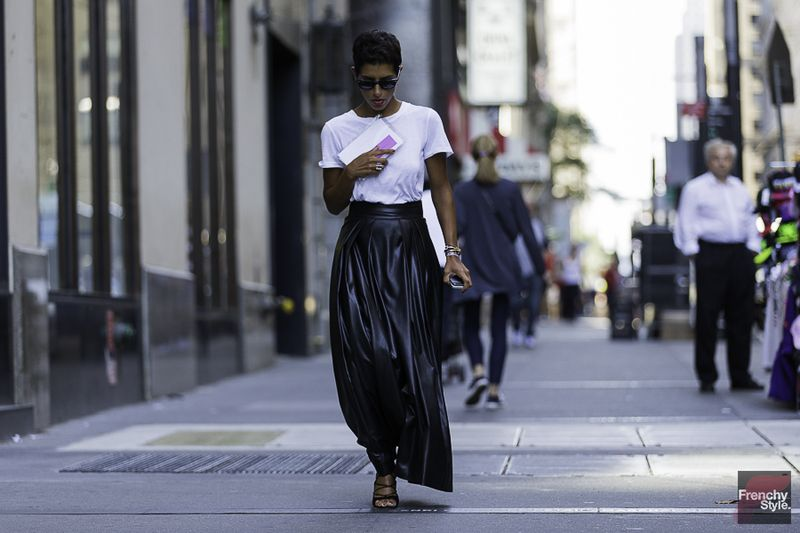 Minimalist style clothing for summer 40