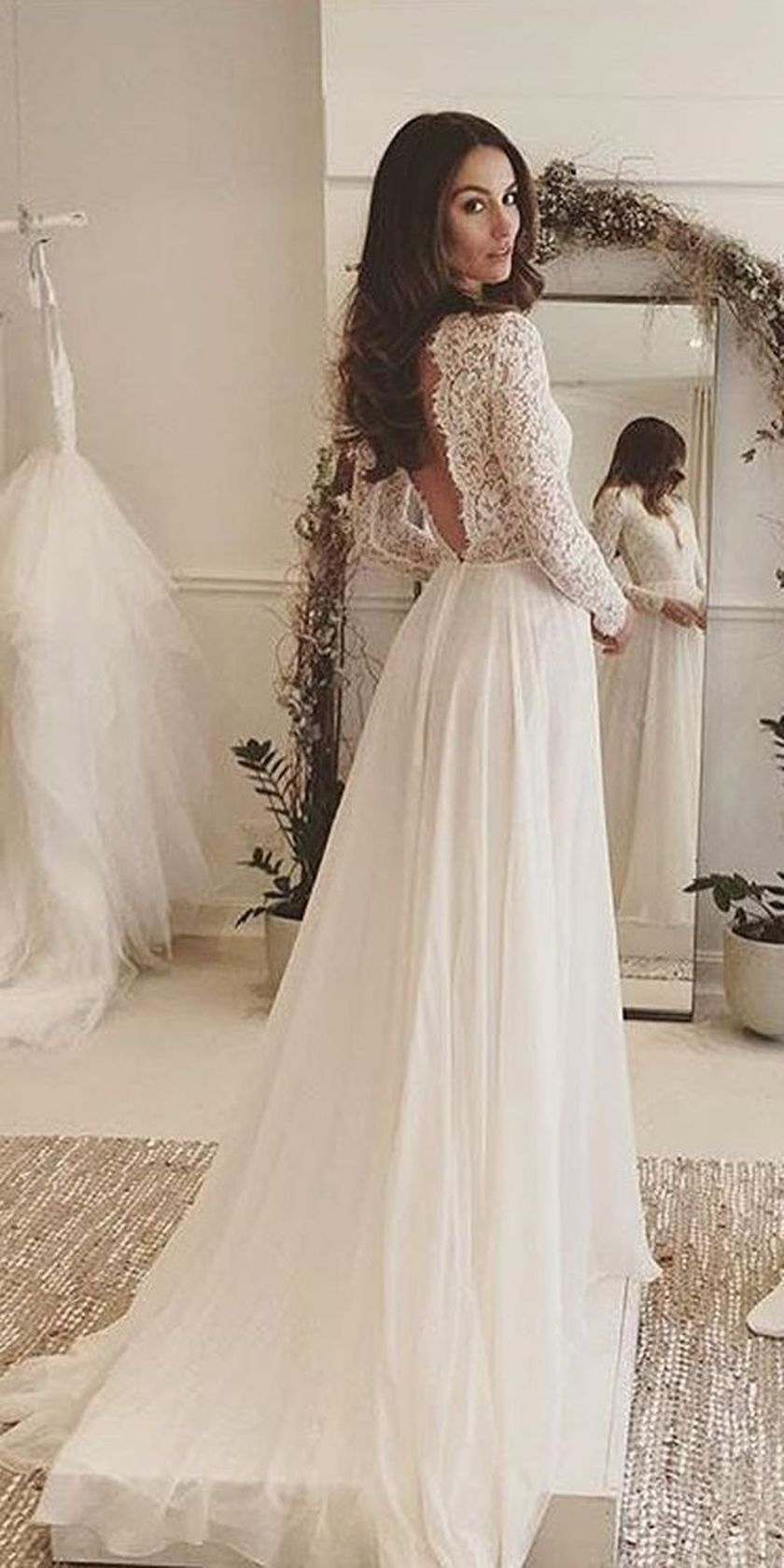 Open back vintage lace wedding dress 41