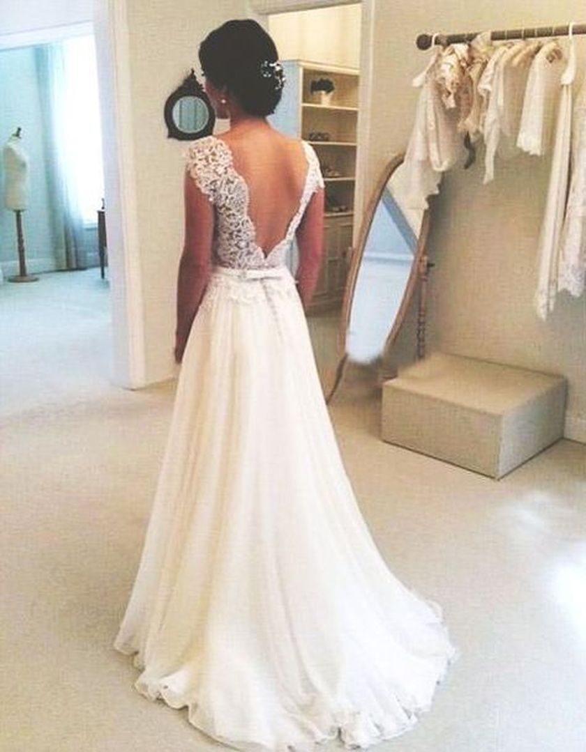 Open back vintage lace wedding dress 5