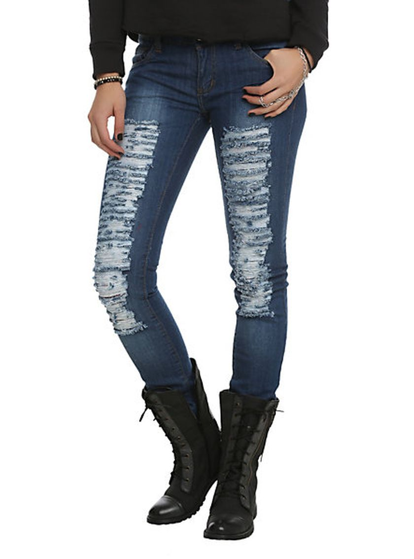 Skinny ripped jeans that will make you rock 13