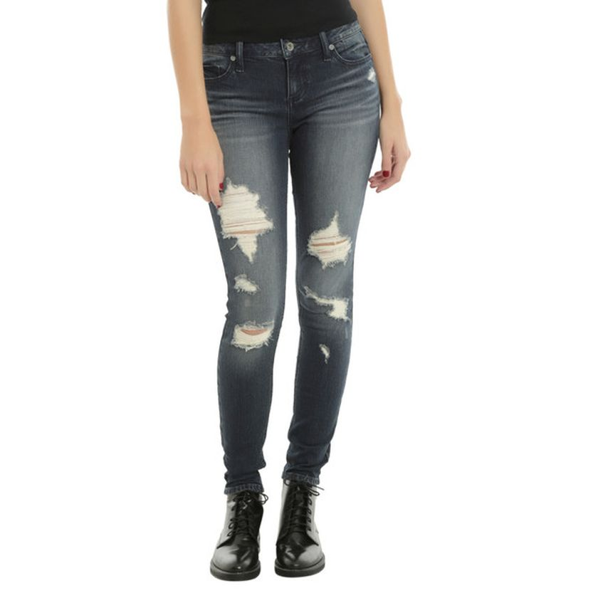 Skinny ripped jeans that will make you rock 17