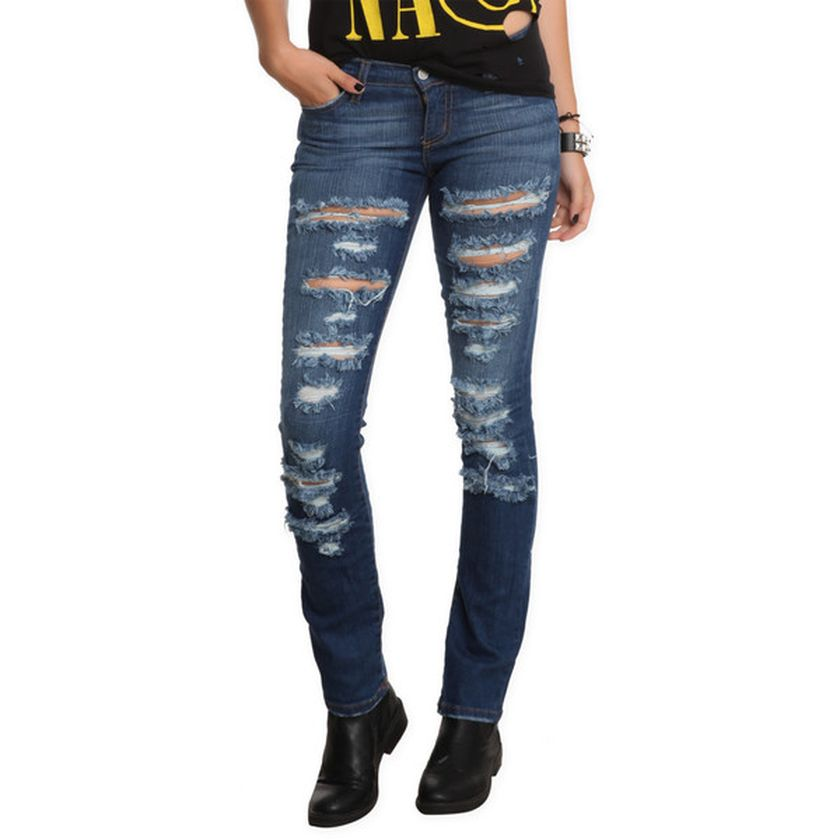 Skinny ripped jeans that will make you rock 30