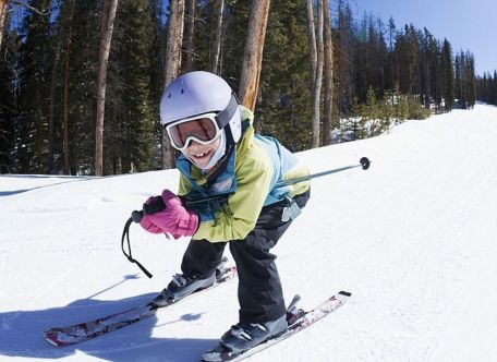 Adorable skiing outfit for your lovely kids 12