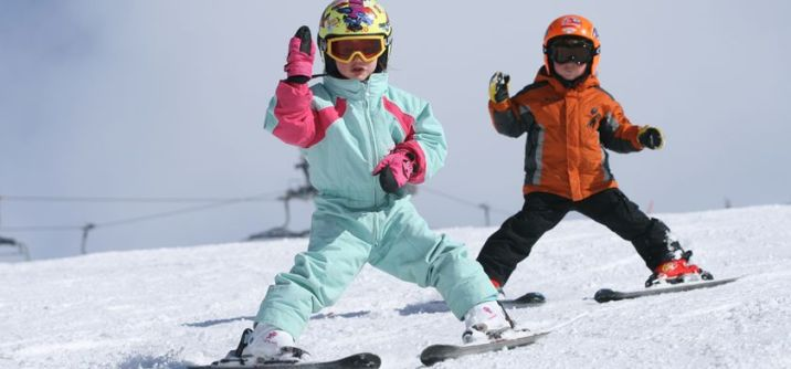 Adorable skiing outfit for your lovely kids 31