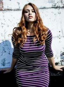 Amazing plus size striped dress outfits ideas 76