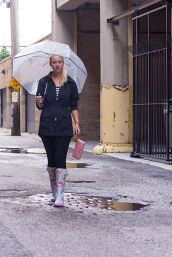 Awesome rainy day outfit style 15
