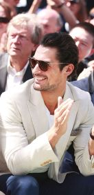 Best cool men sunglasses for summer 22