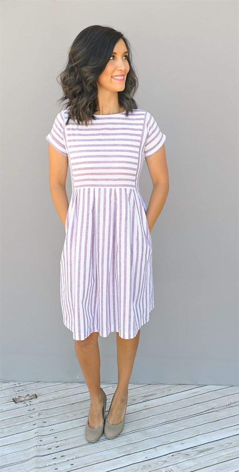 Casual black white striped midi dress outfit 23 - Fashion Best