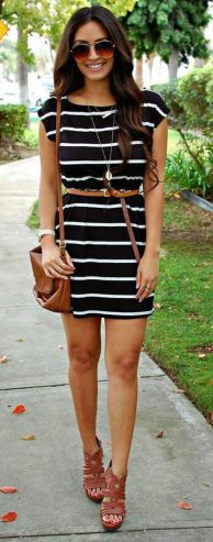 Casual black white striped midi dress outfit 34