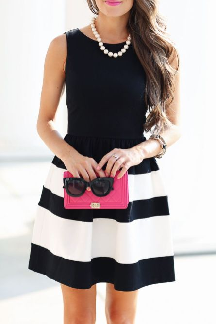 Casual black white striped midi dress outfit 54