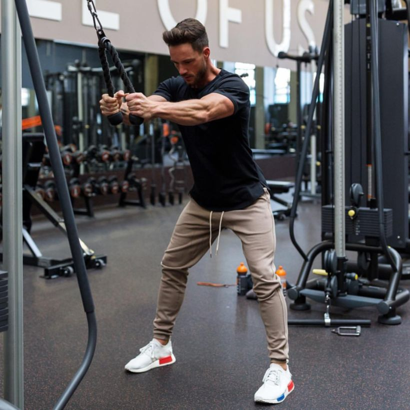 Cool mens gym and workout outfits style 8