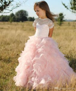 Cute bridesmaid dresses for little girls ideas 45