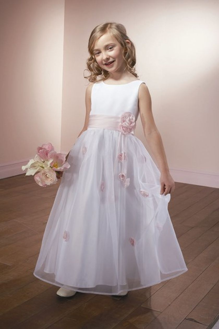 Cute bridesmaid dresses for little girls ideas 70