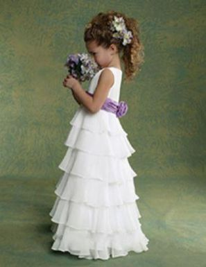 Cute bridesmaid dresses for little girls ideas 92