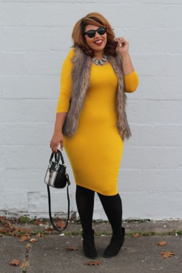 Flattering plus size midi dress with sleeve 5