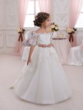 Gorgeous flower girl lace dresses ideas 8