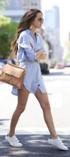How to wear white sneaker for spring outfits 15