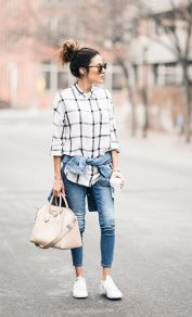 How to wear white sneaker for spring outfits 37