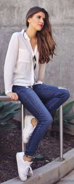 How to wear white sneaker for spring outfits 53