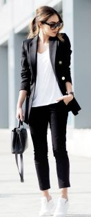 How to wear white sneaker for spring outfits 69