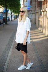 How to wear white sneaker for spring outfits 9